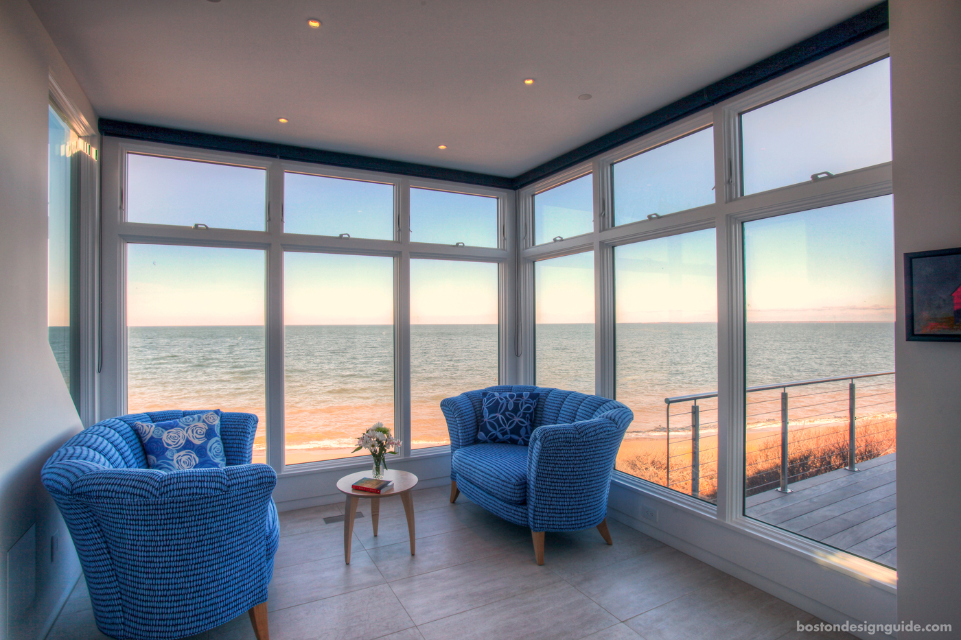 Sitting room on the beach