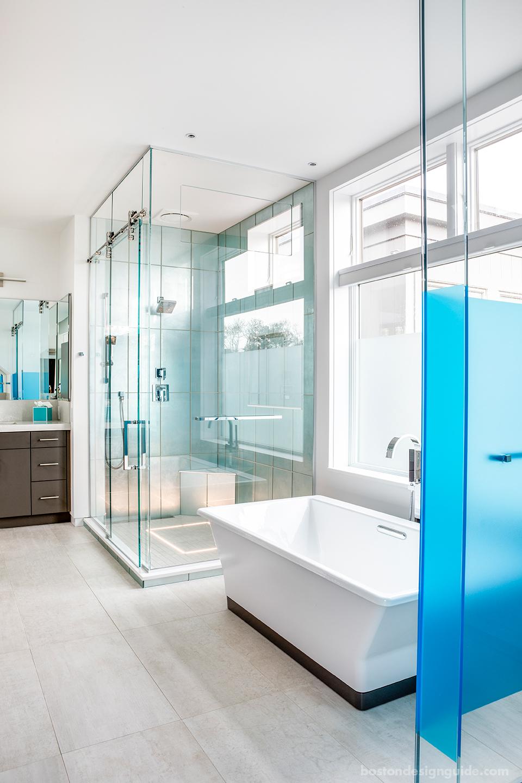 Contemporary glass bathroom for beach house