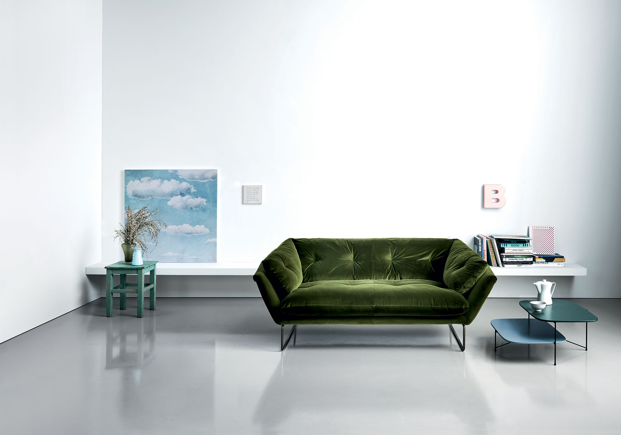 Boston Home Decor Show, Sedia Modern Furniture, New York Suite Sofa designed by Sergio Bicego, 2015 for Saba Italia.