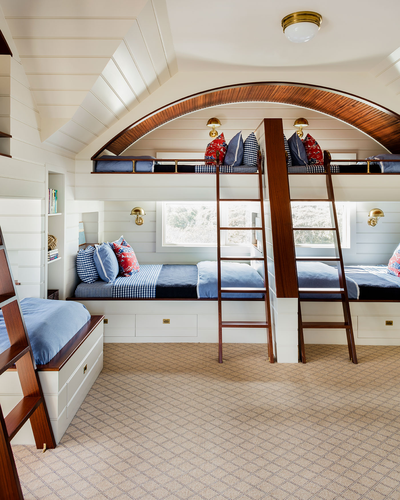 Nantucket style bunk room