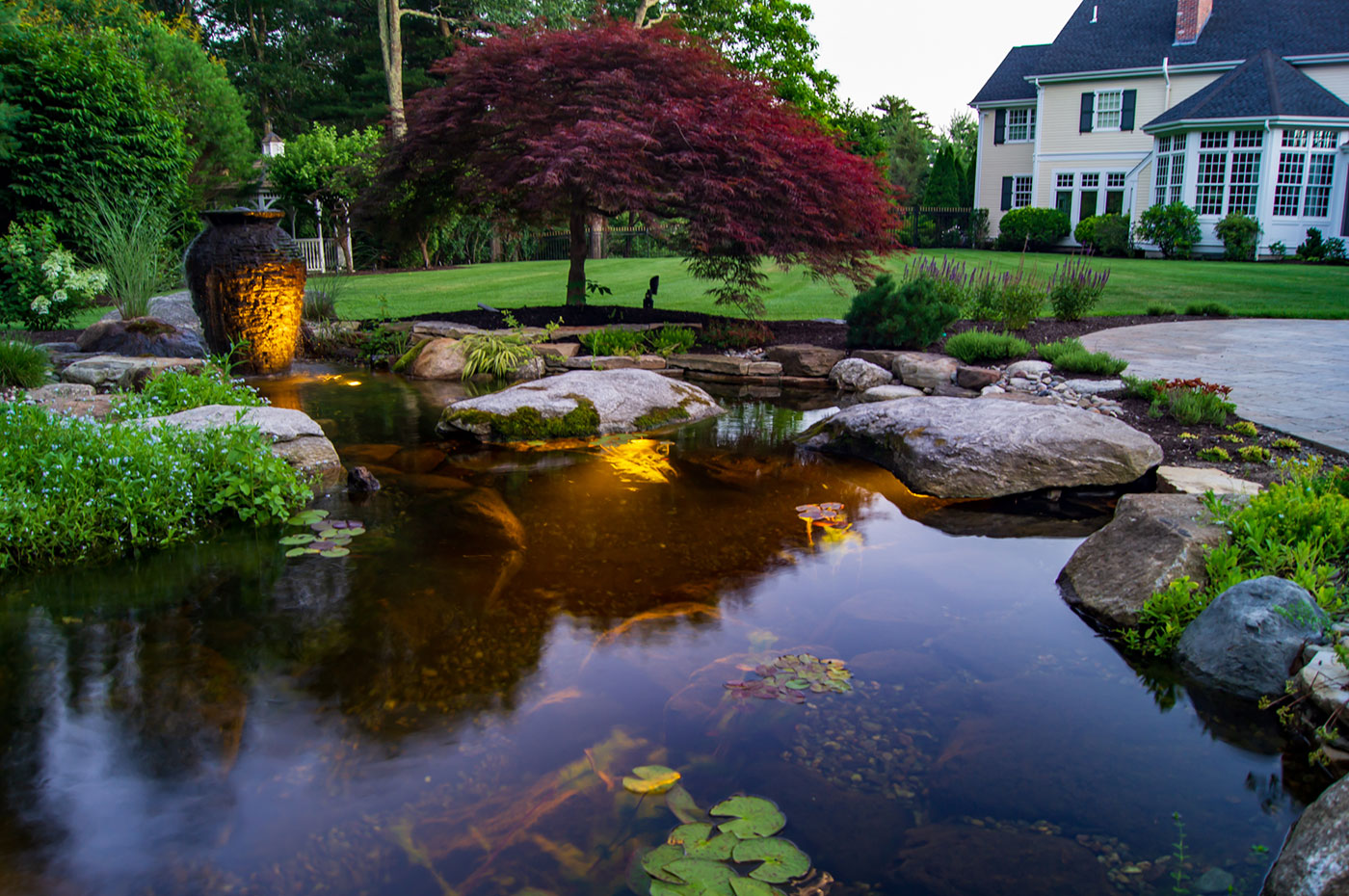 Residential Landscape Water Feature by FallingWater Scapes