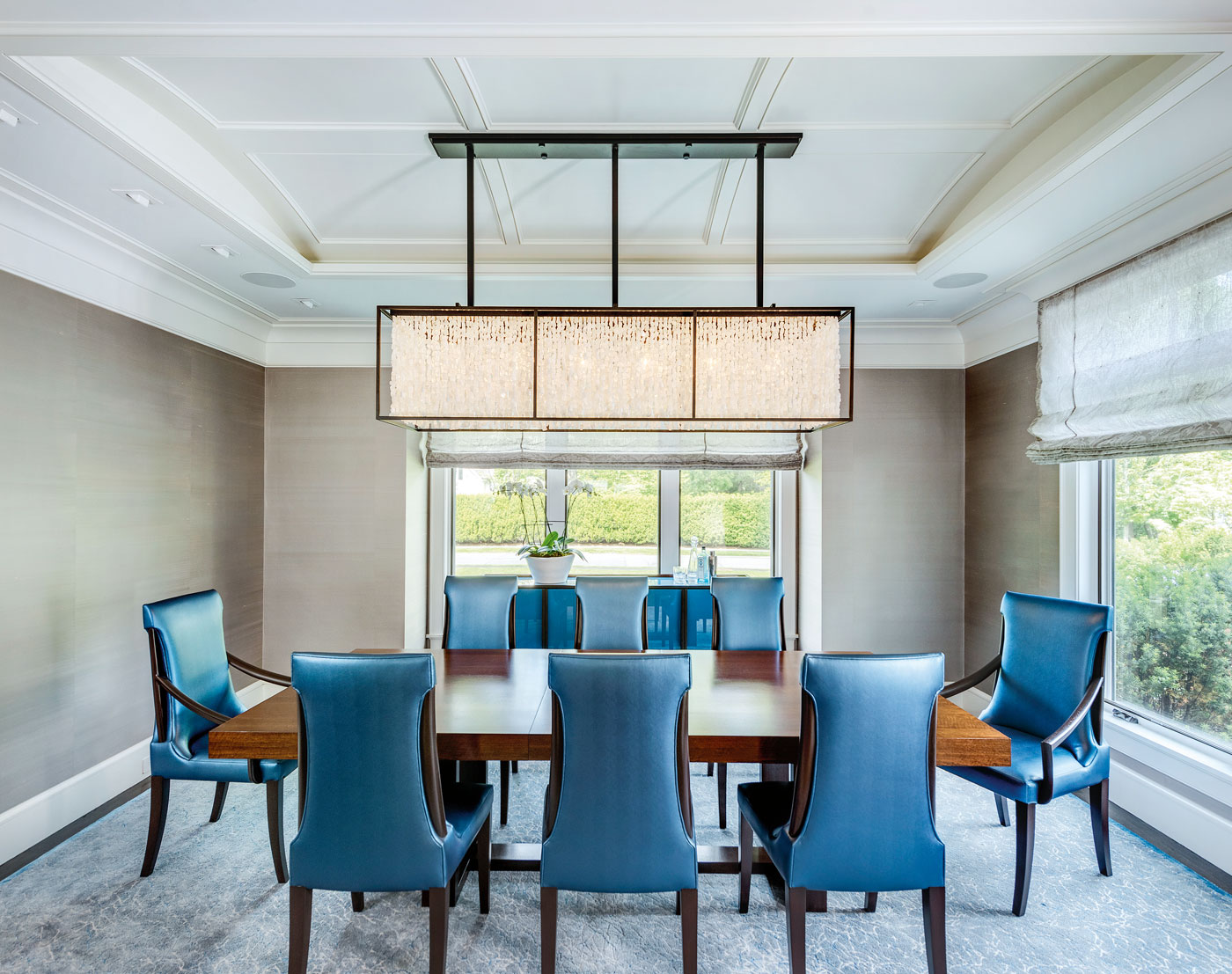 Dining room of a high-end custom home with interior design by Manuel de Santaren.