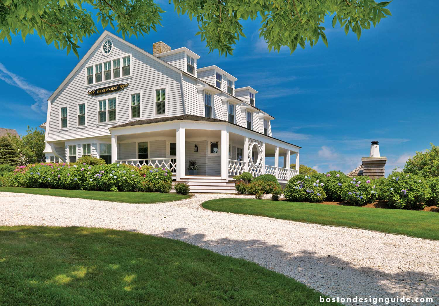 luxury waterfront homes on the Massachusetts coast