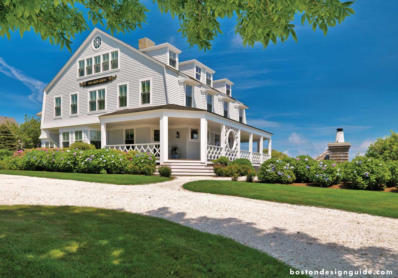 luxury waterfront homes on the Massachusetts coast