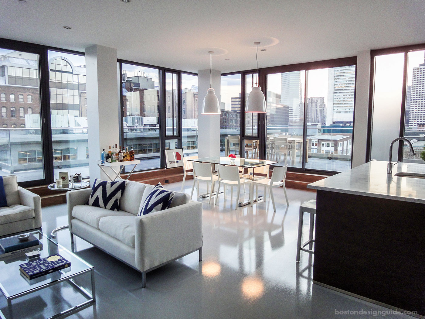 I-Kanda Architects loft-style home in the Seaport District, Boston