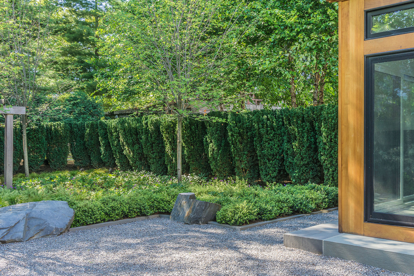Contemporary Stone Garden by Kimberly Mercurio Landscape Architecture