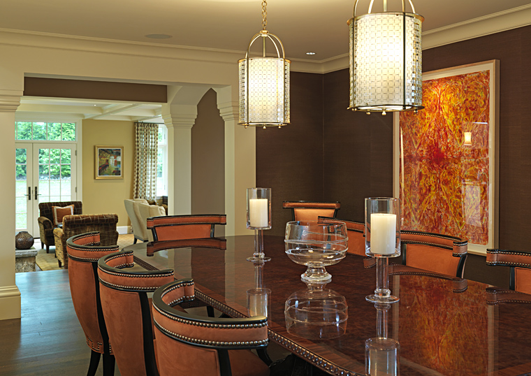 Warm dining room design