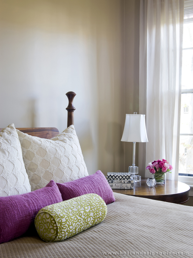 LDa Architecture & Interiors uses Pantone Color of the Year Radiant Orchid as an accent color.
