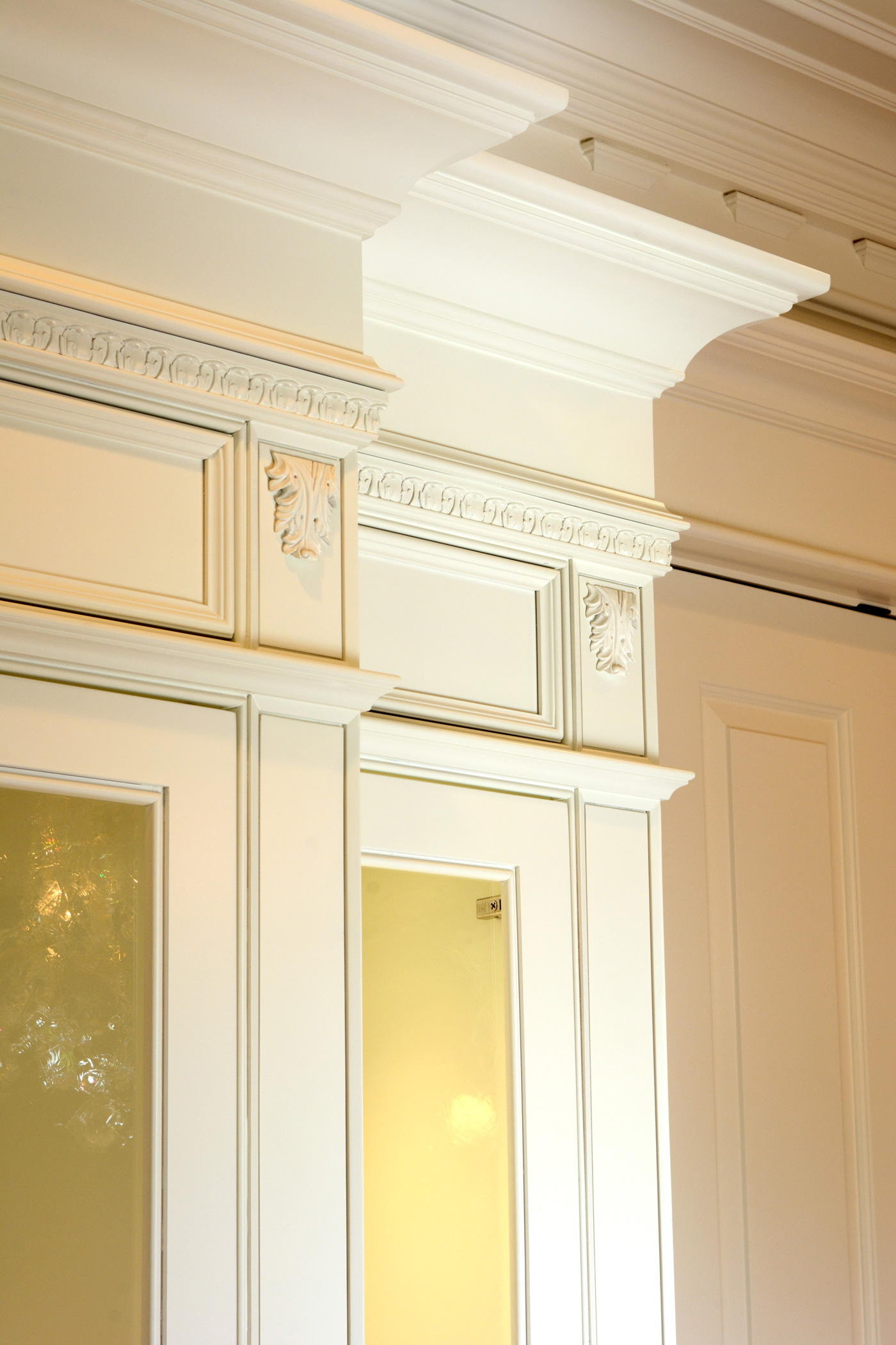 Custom Crown moulding China hutch, Laplante Construction