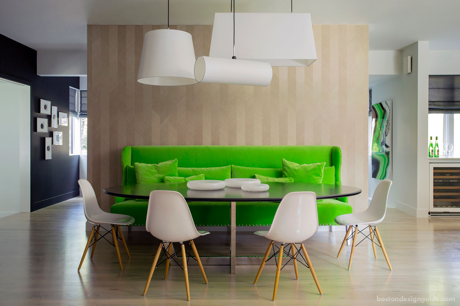 Open concept modern dining area by LDa Architecture & Interiors and Denali Construction Corp.