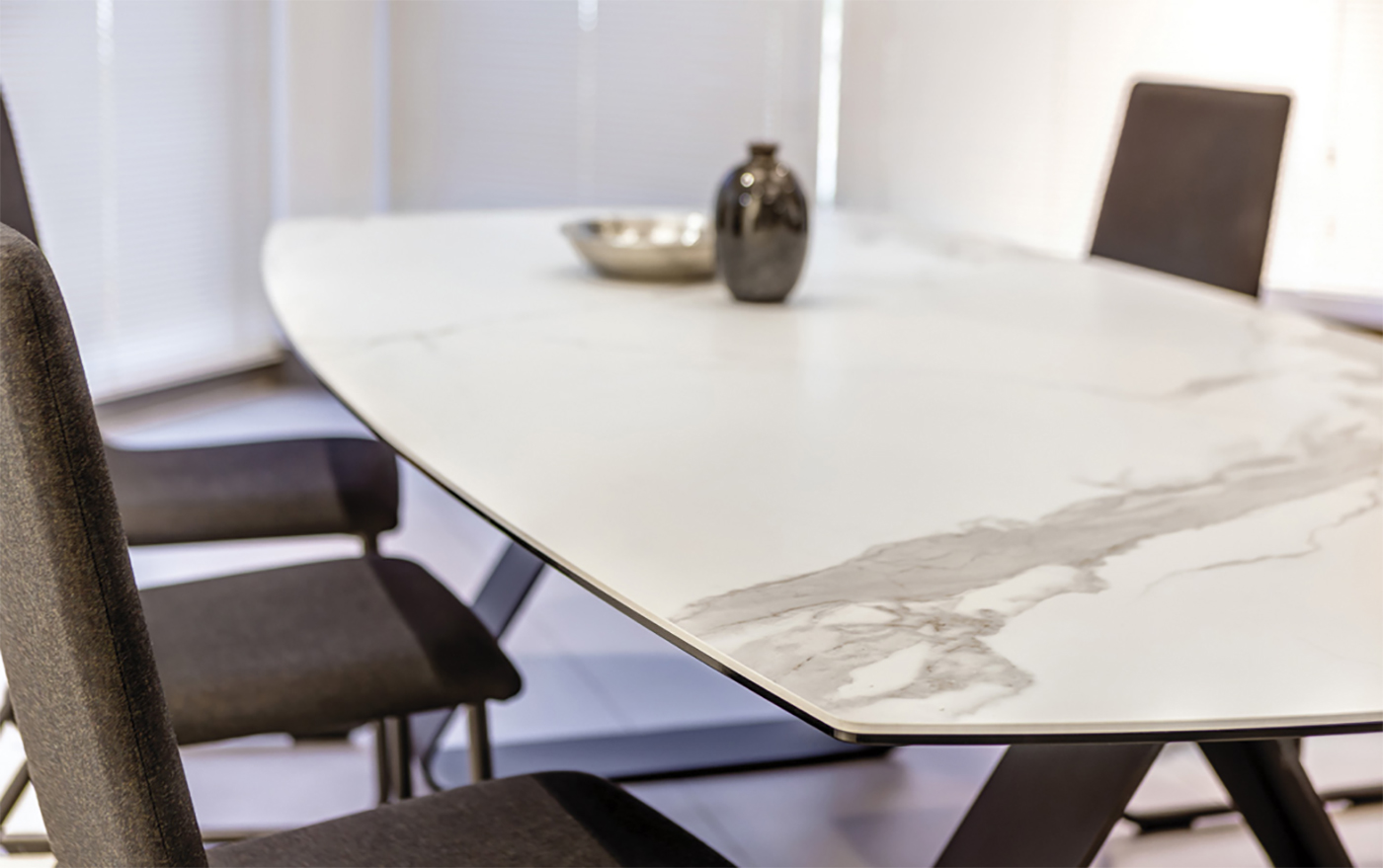 Furniture application with Neolith