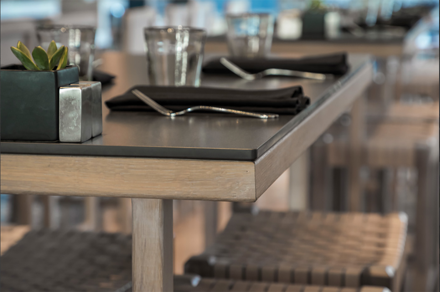 Neolith table surface