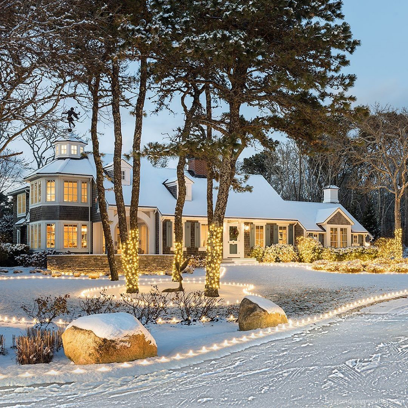 Home dressed for the holidays by Polhemus Savery DaSilva