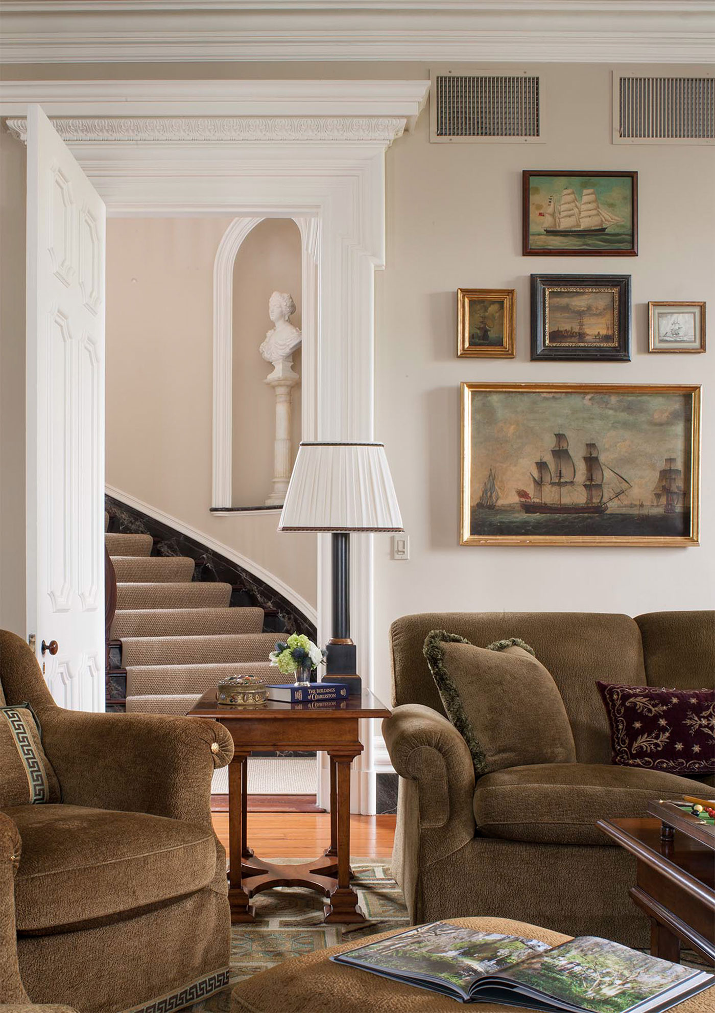 Classical busts in interior design