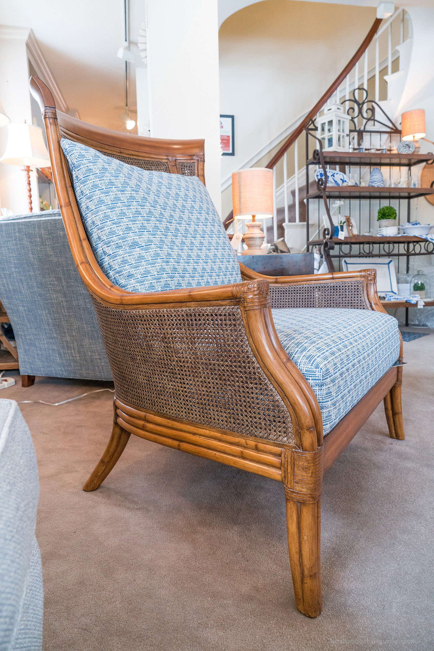 High-end home furnishings and accents in Boston area