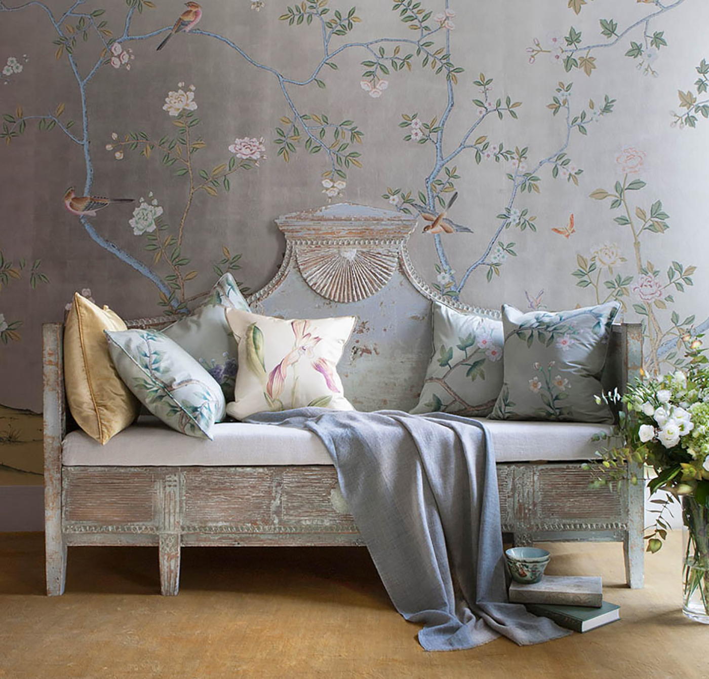High-end embroidered wallpaper