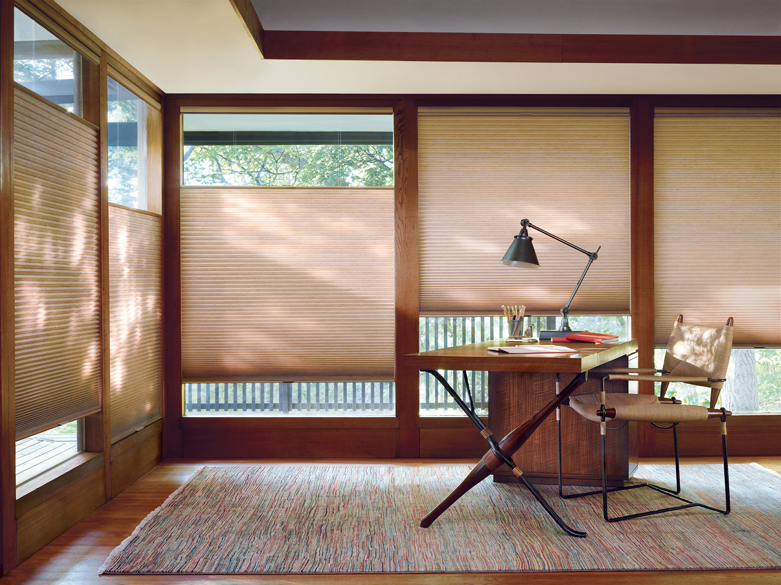 High-end window treatments with Hunter Douglas