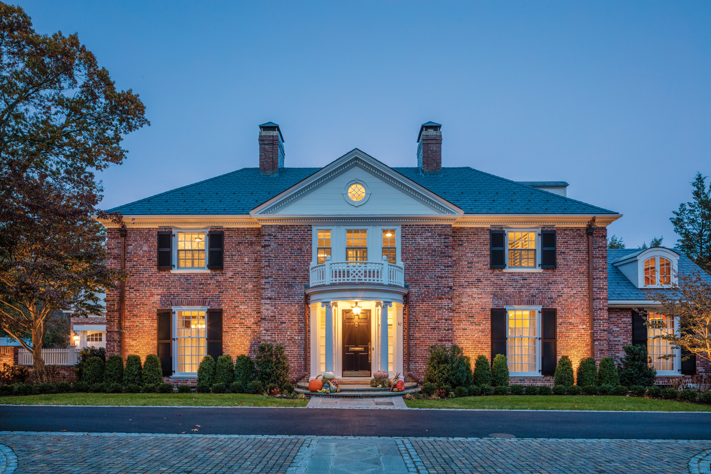Front facade of a high-end custom renovation in the Boston suburbs