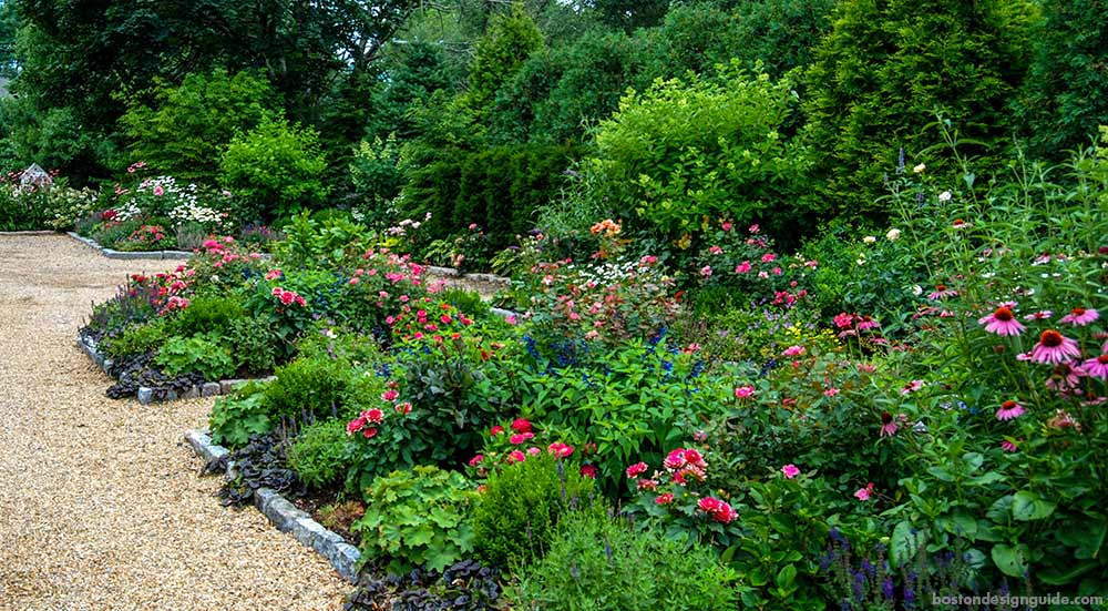 year-round plantings and landscape