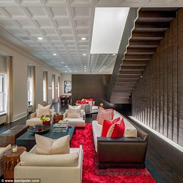 Kelly Ripa S Her Home In New York, Kelly Ripa Dining Room Setup
