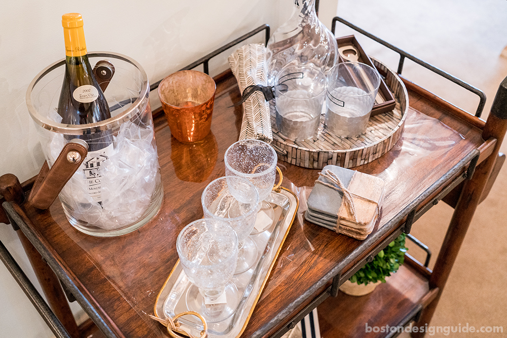 bar cart decorations and design