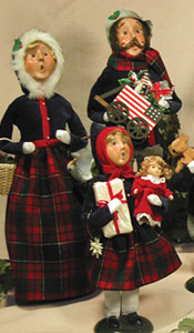 Byers Choice Carolers At American Traditions Boston