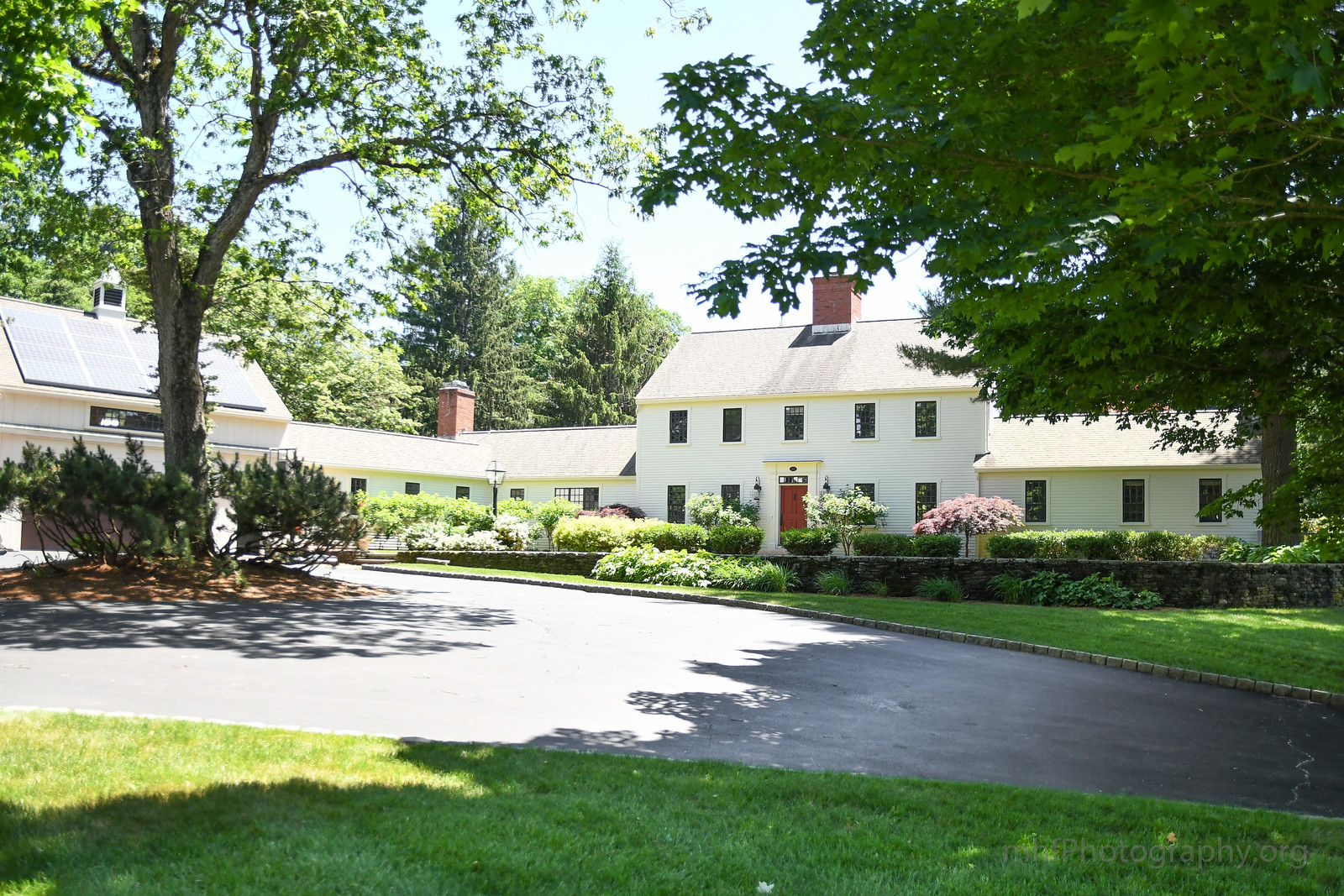 Colonial style homes in New England