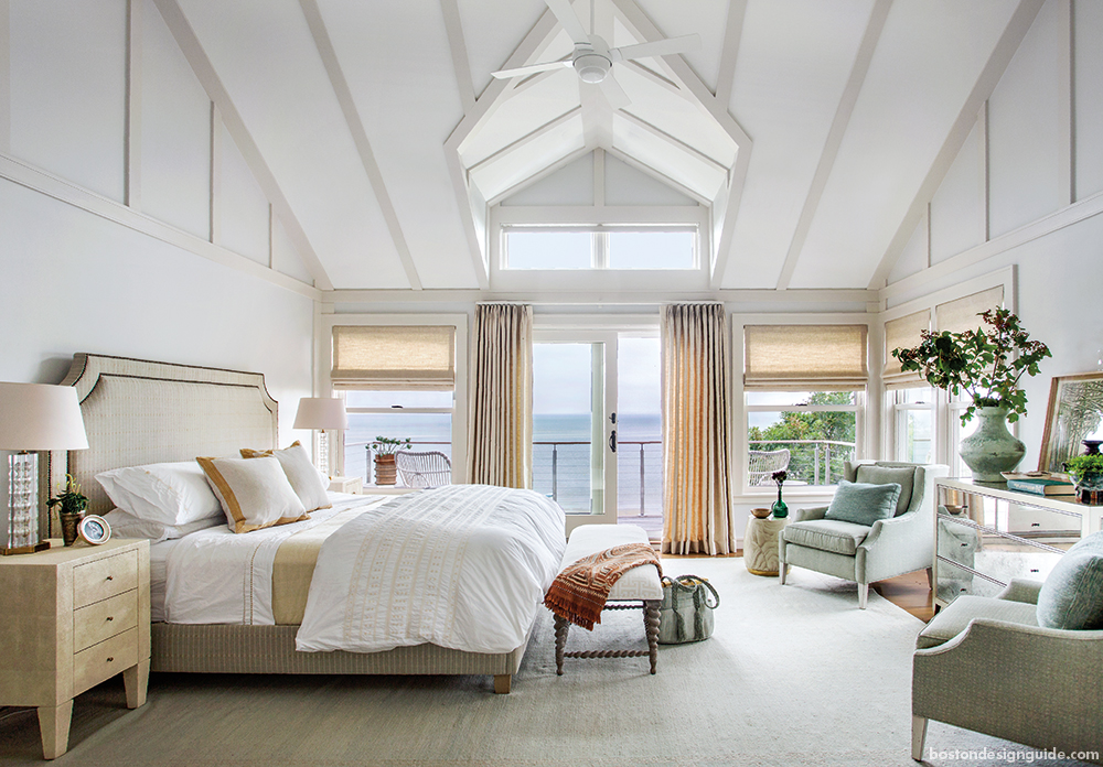 Beach Home Waterfront Bedroom design with porch