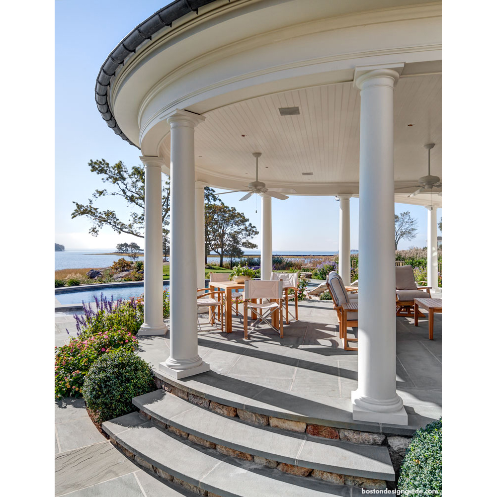 luxury homes on the Long Island Sound