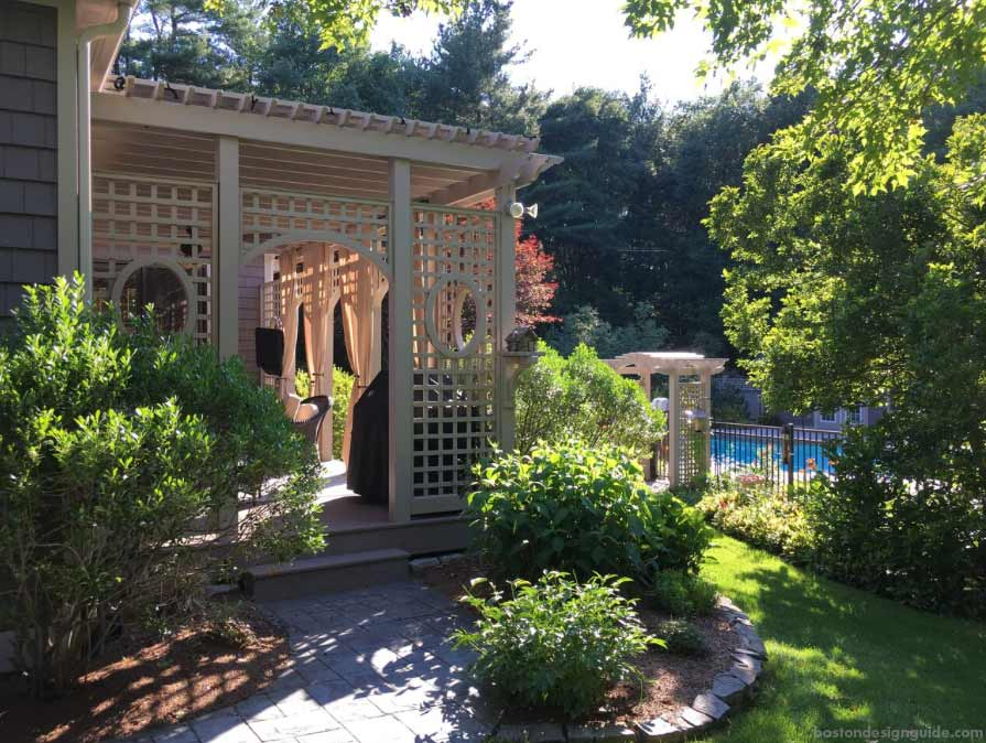 custom fences and pergolas in New England