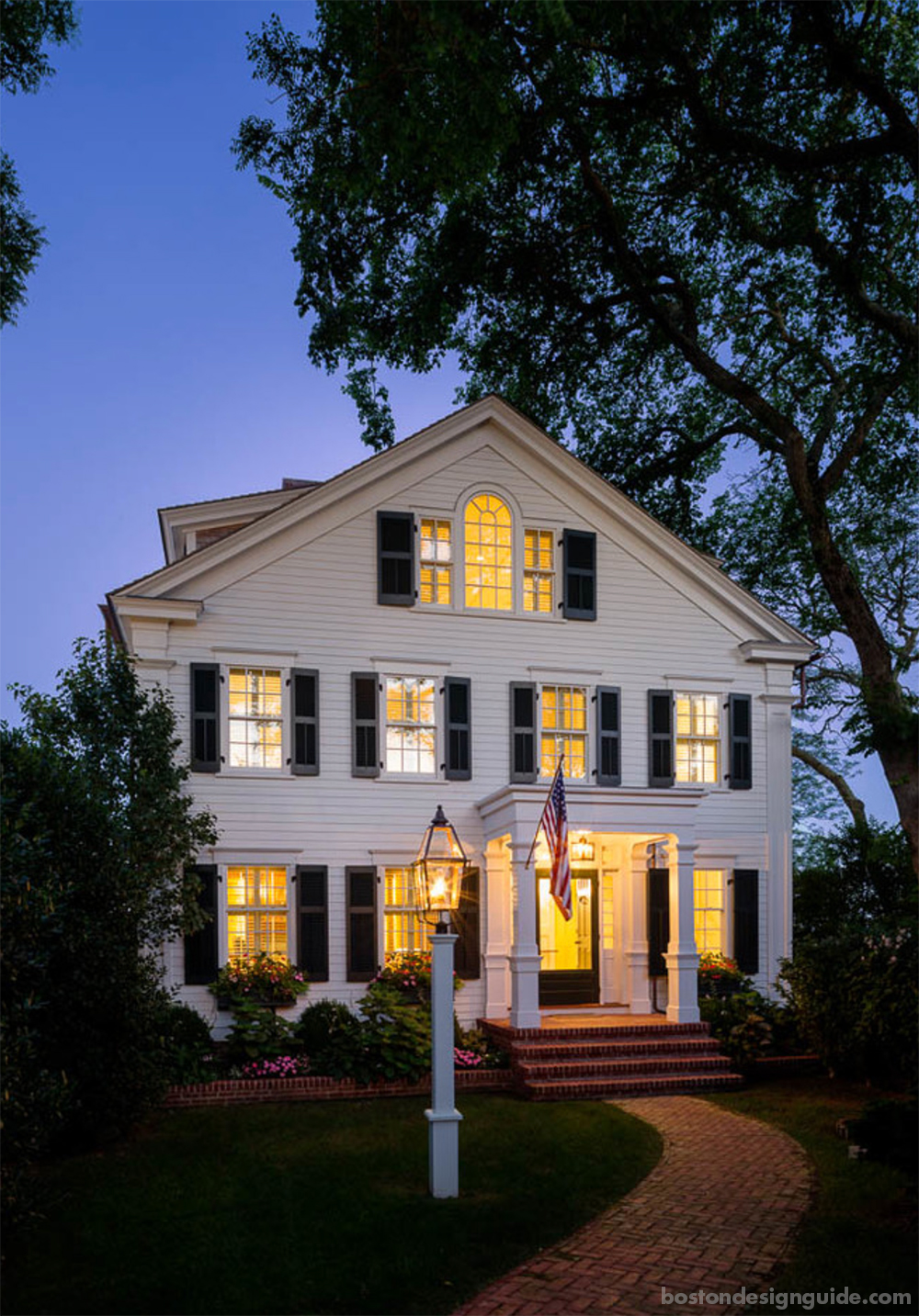 custom traditional homes in New England