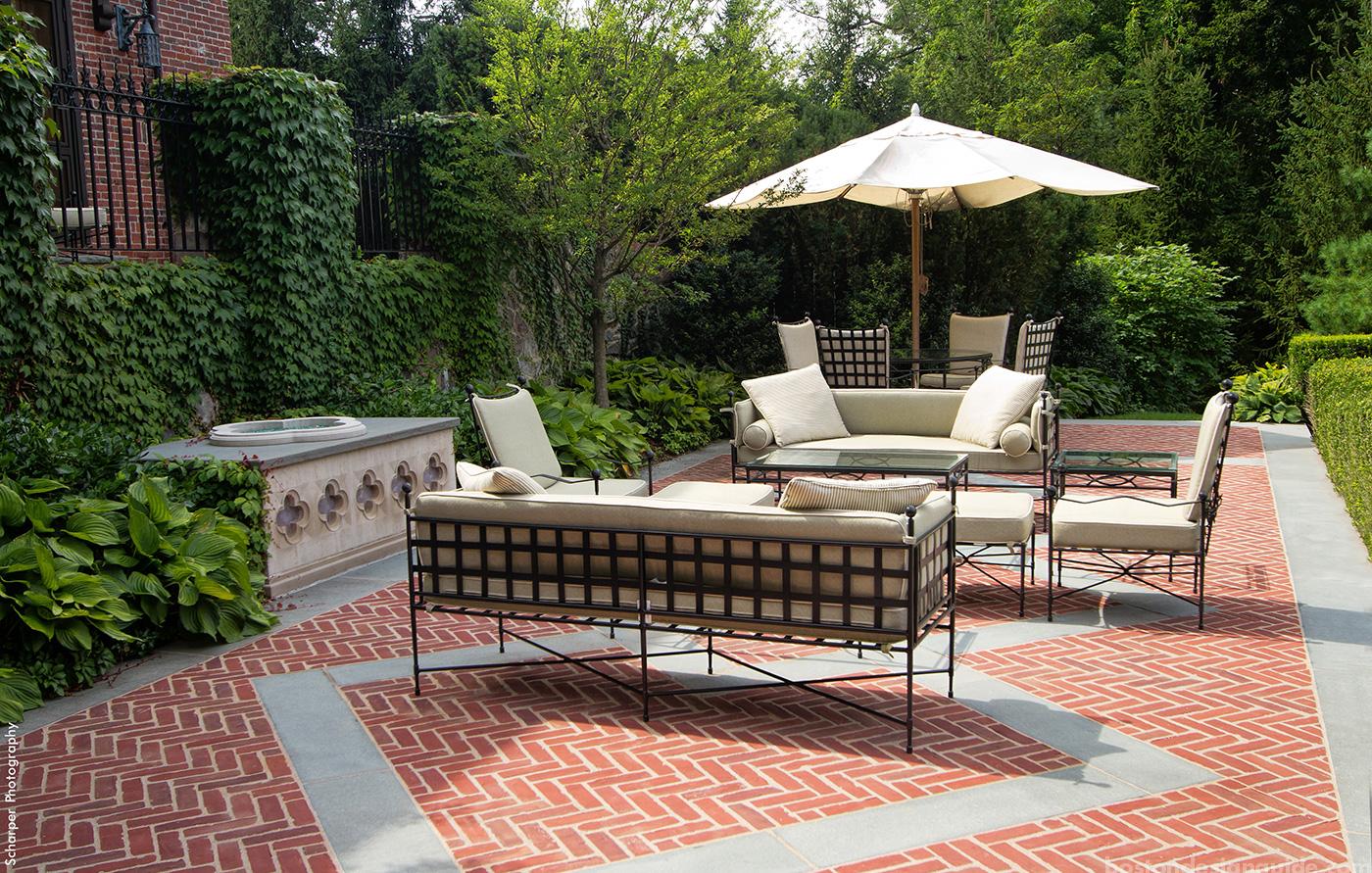 HIgh-end landscape architect classic terrace