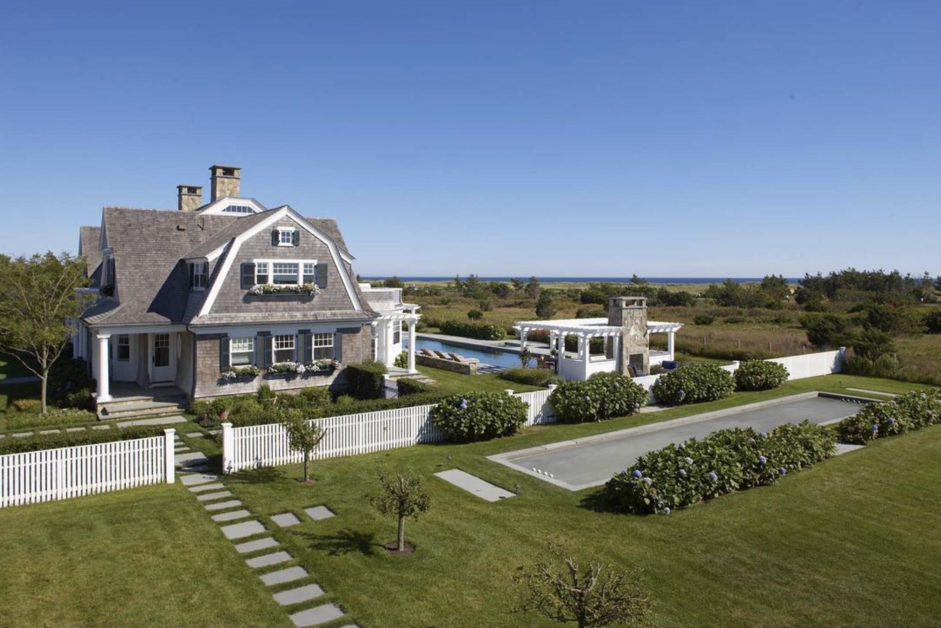 Martha's vineyard fine homes
