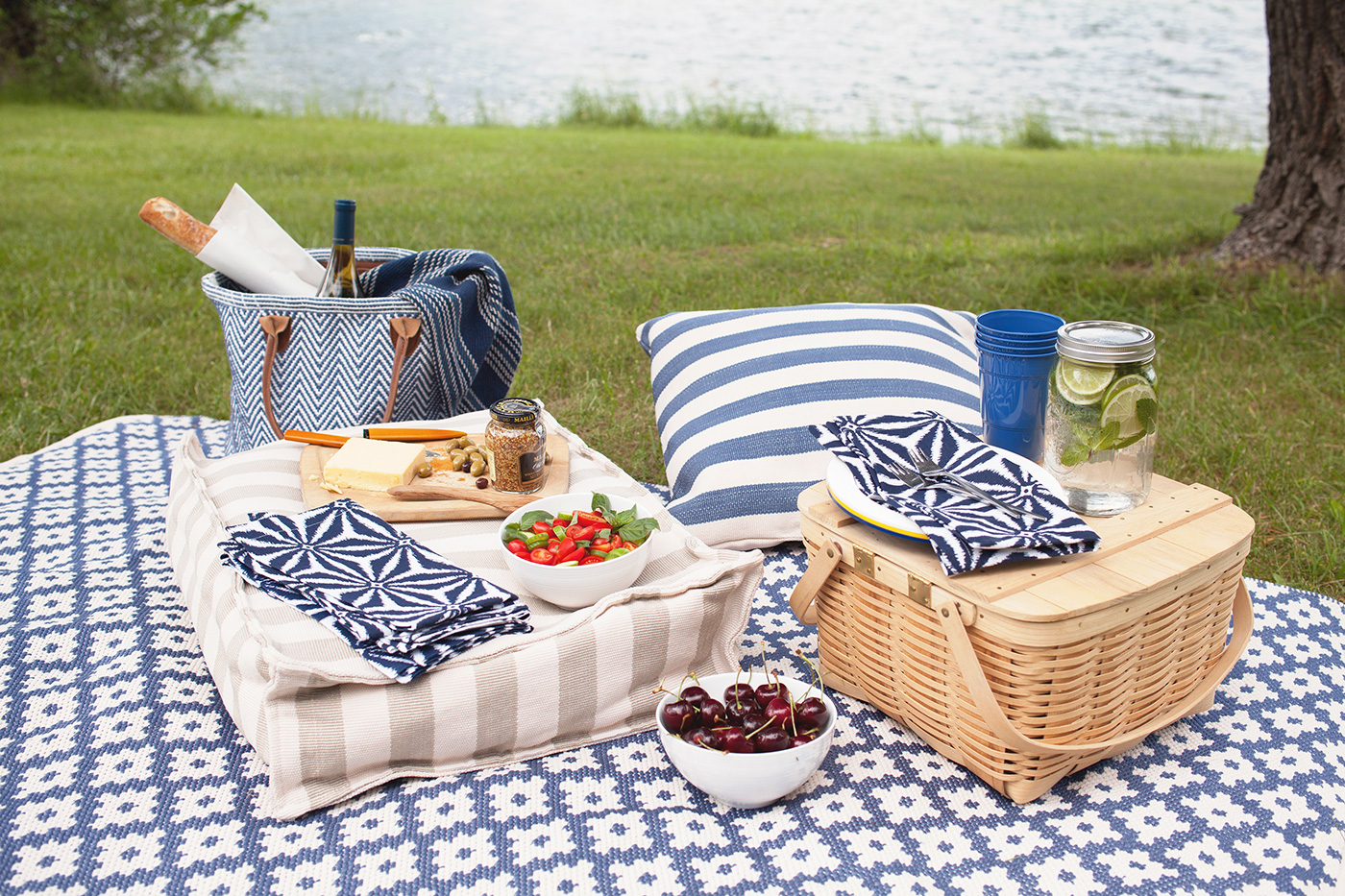 Indoor-outdoor rugs Wayland Trunk Show