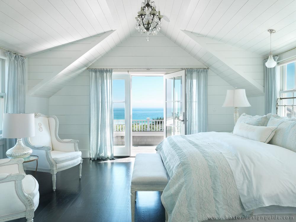 Seaside white bedroom