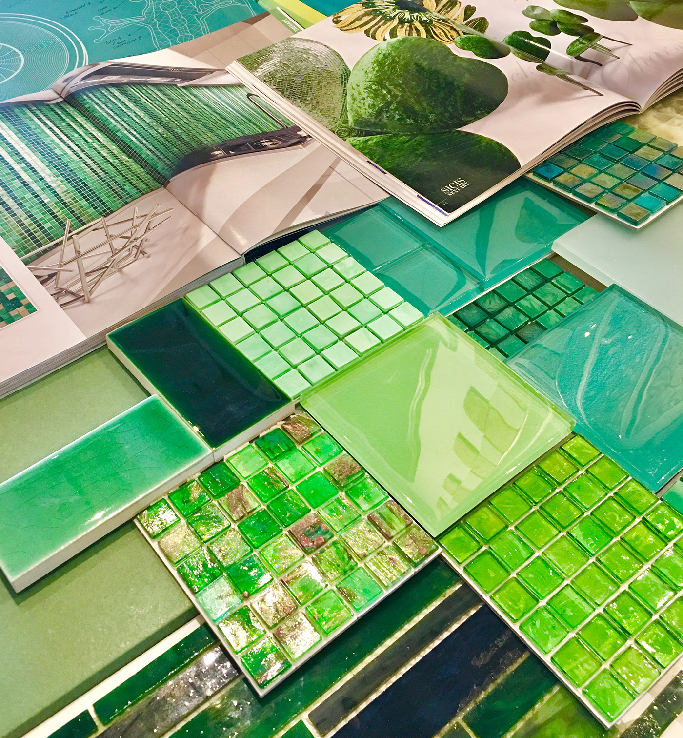 High-end Emerald green glass tile