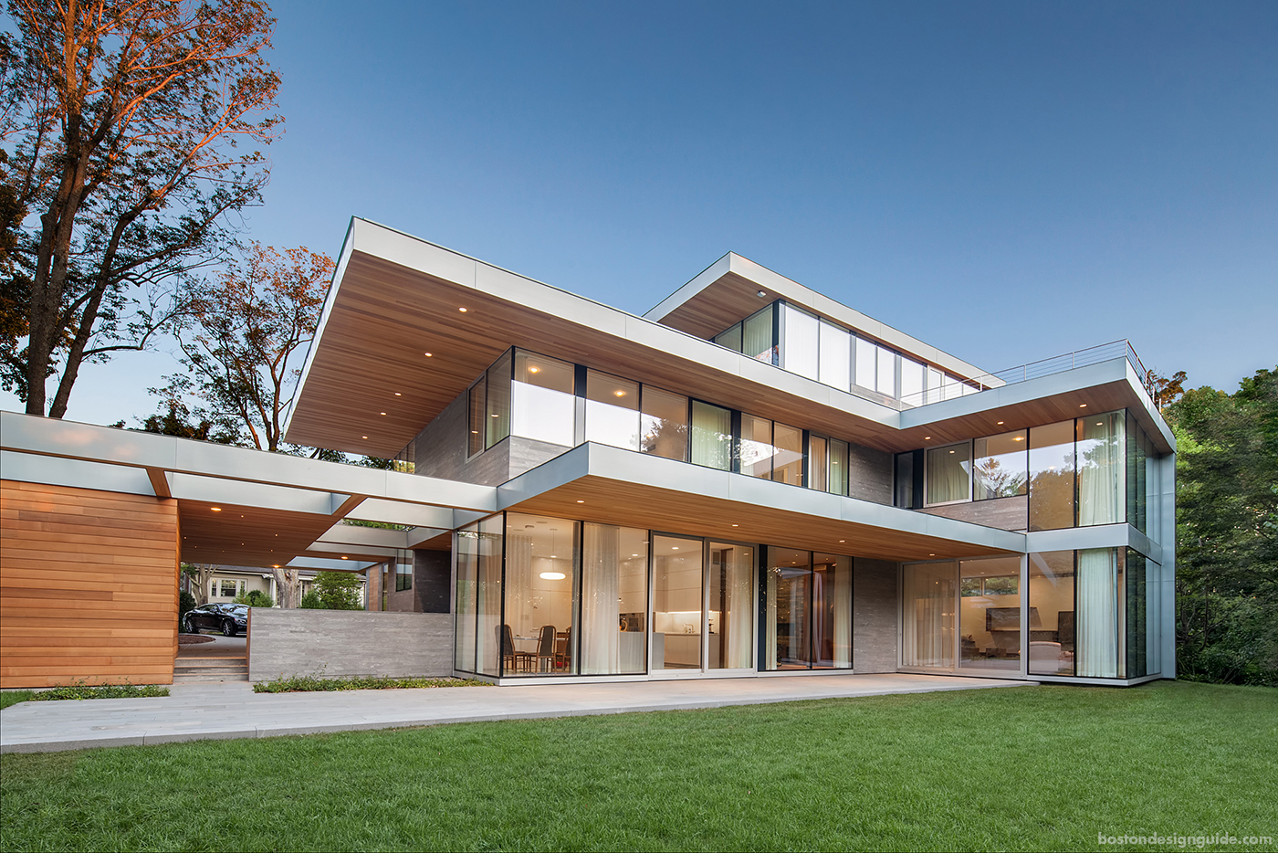 Contemporary home with breezeway