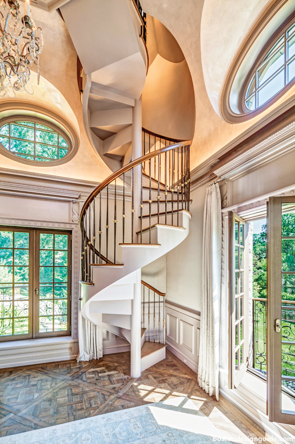 winding circular staircase design
