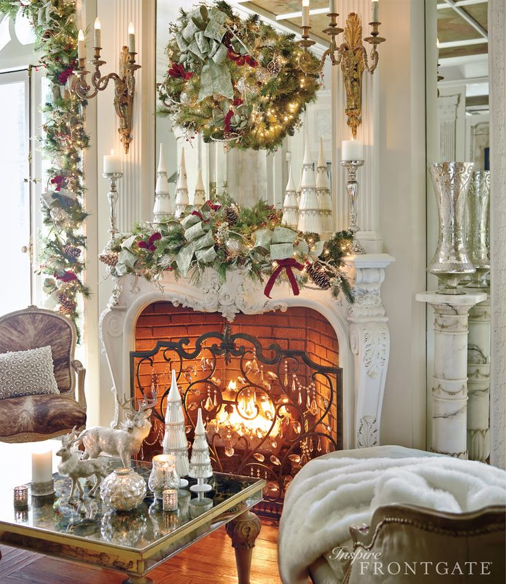 Incorporating Red Green In Every Room For The Holidays: 7 Ways To Decorate Holiday Mantles