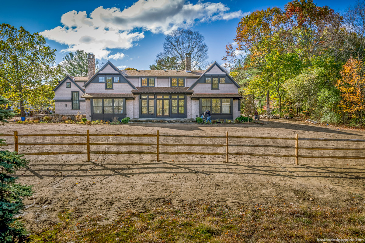 Classic New England homes, architecture and construction in Concord, Massachusetts