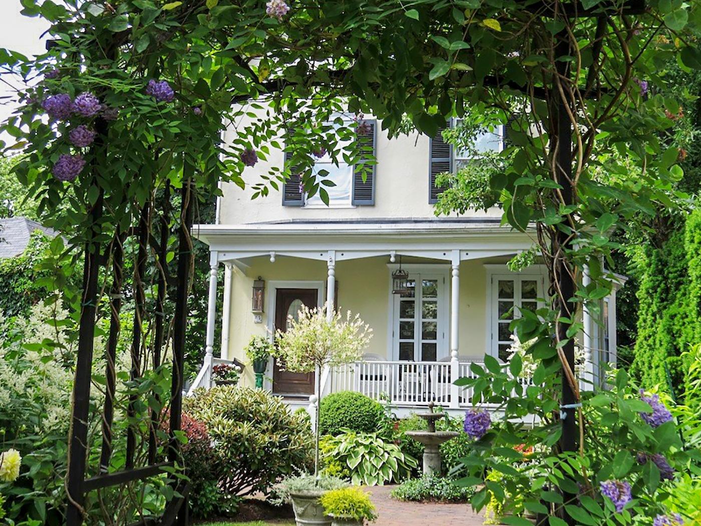 Newport Secret Garden Tours,  June 14-16