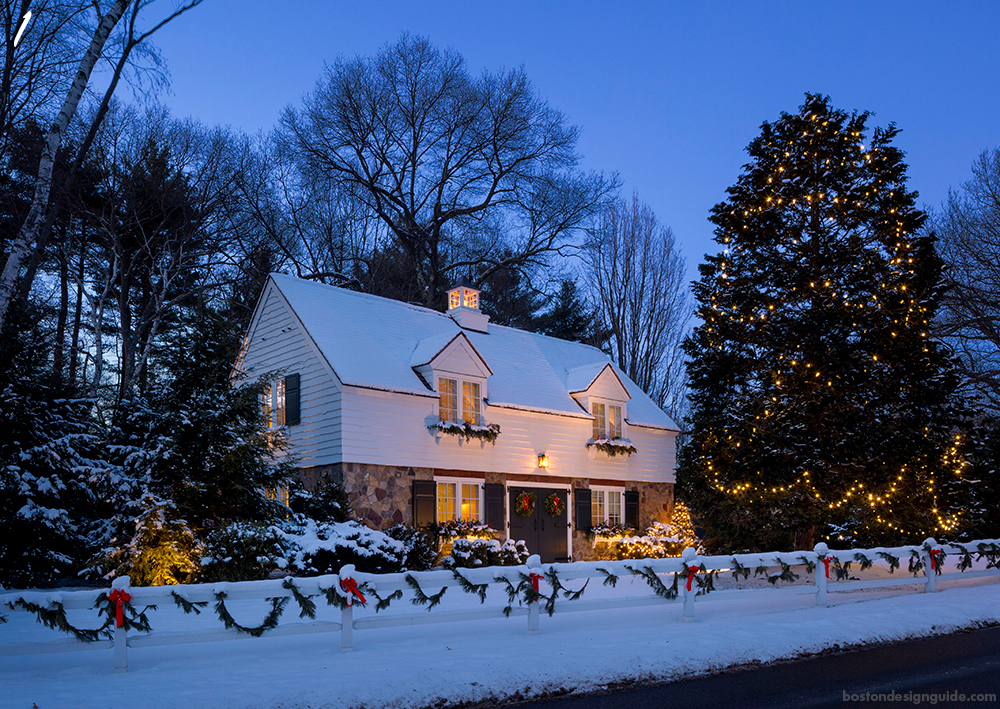 Holiday Home Outdoor Lights