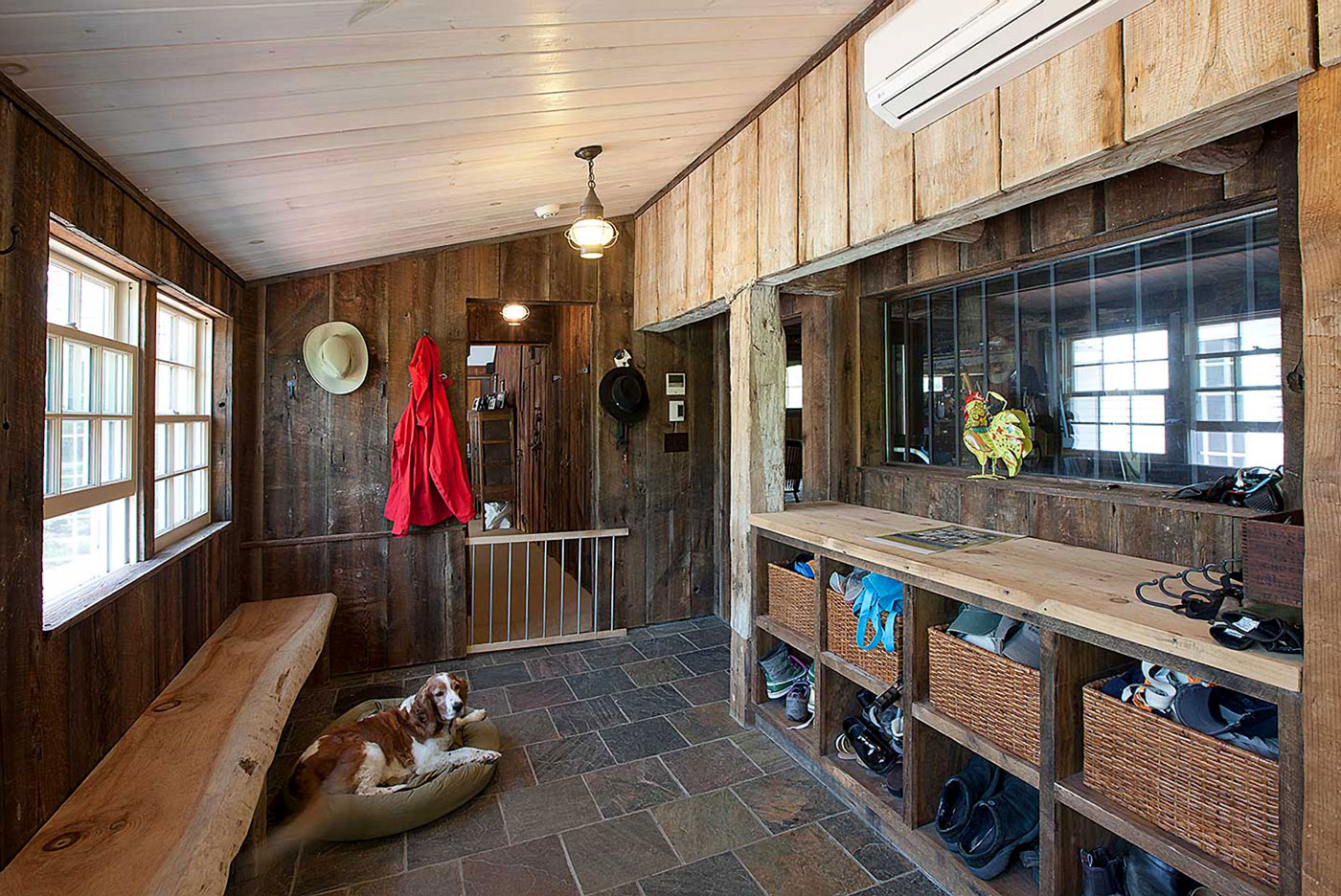 High-end custom mudroom by Greater Boston contractor Merz Construction