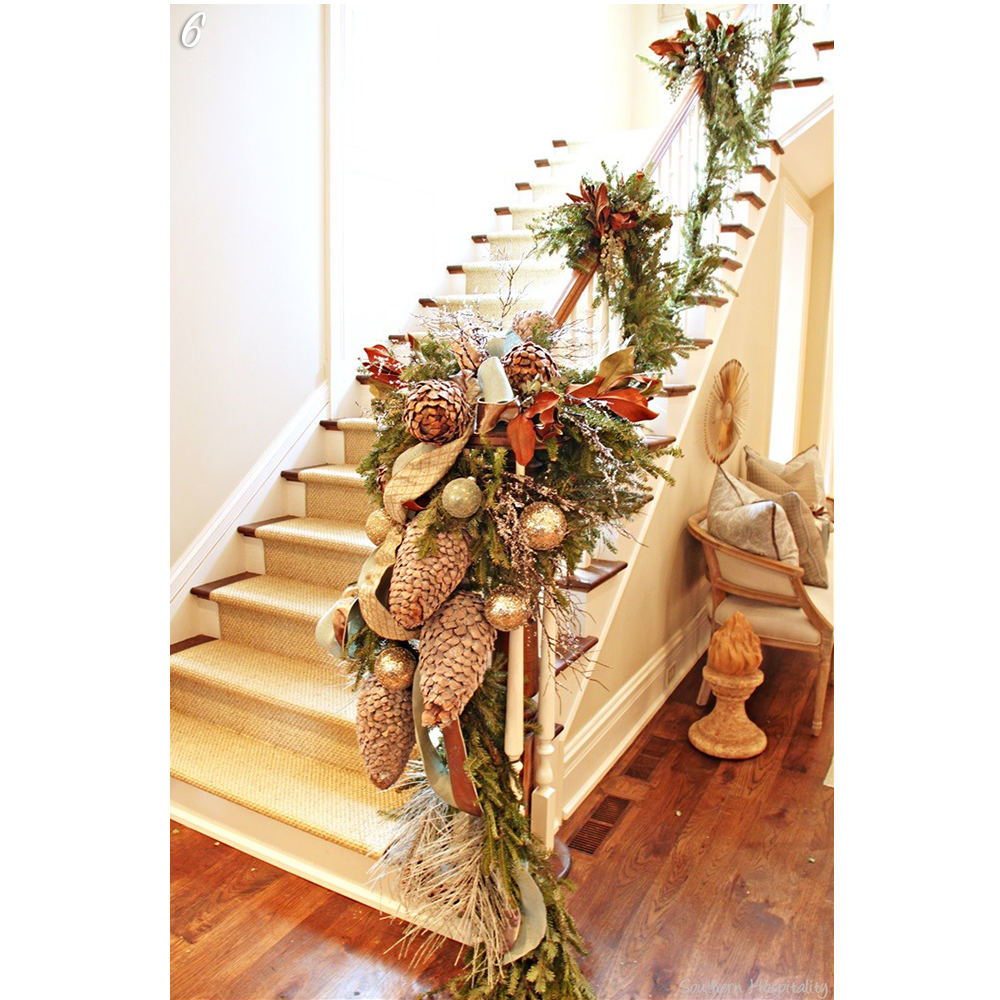 Holiday Decorations Stairs