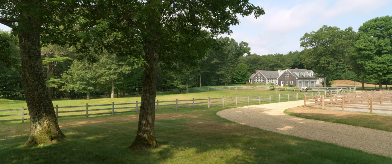 High-end Equestrian Estates and Stables