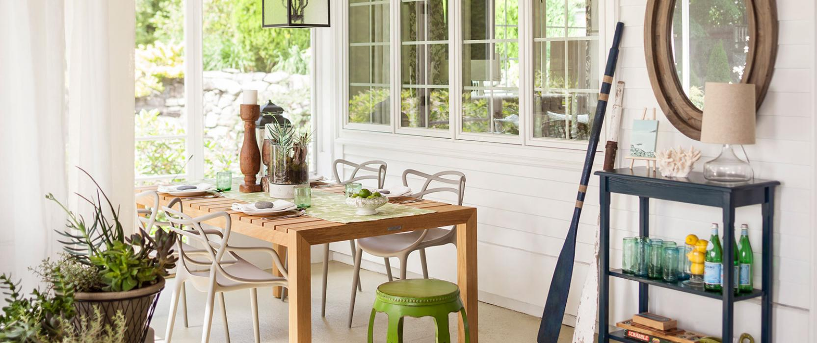 Screened sitting porch by Elza B Design