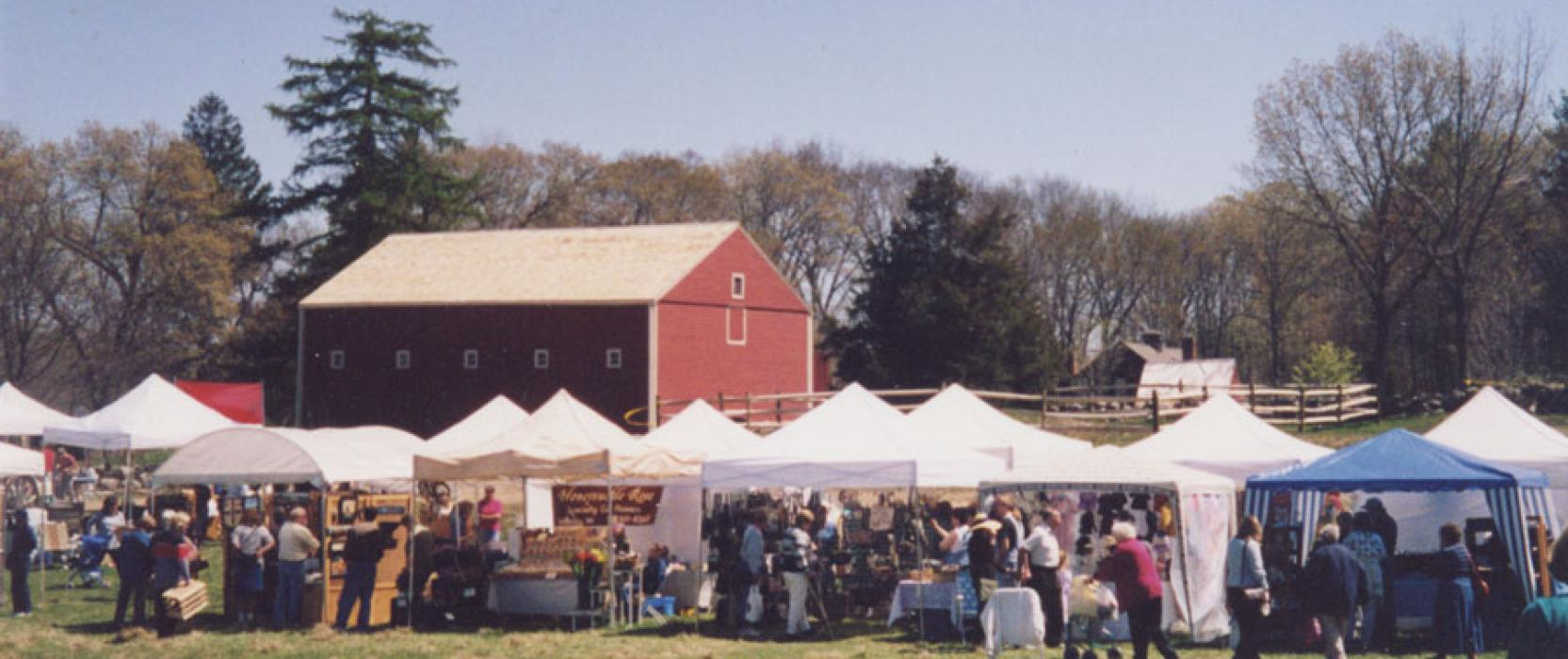 Autumn Arts & Crafts Festival at the Wayside Inn Sunday, Sept. 13