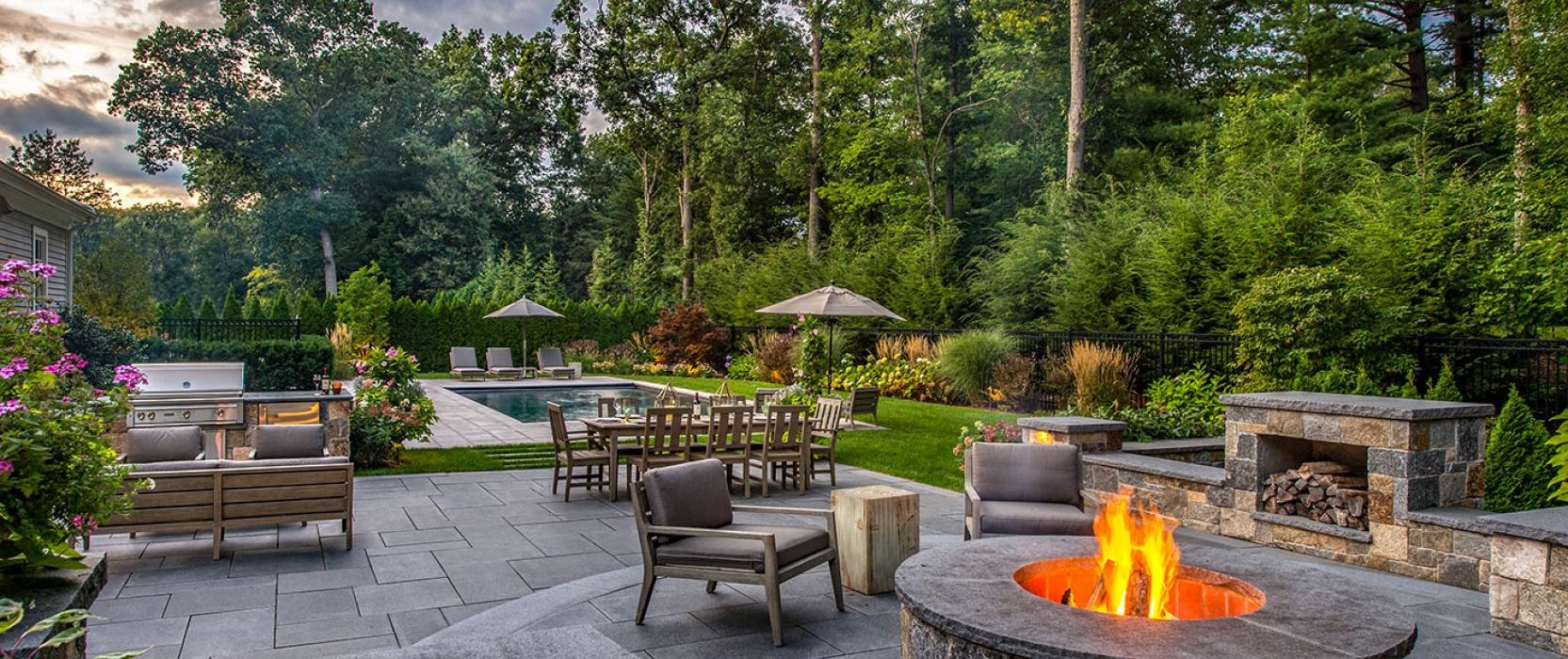 Custom outdoor living space by The MacDowell Company