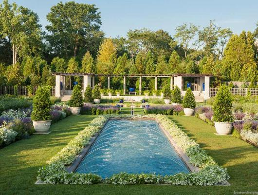 Beautiful landscape gardens in Newport, Rhode Island