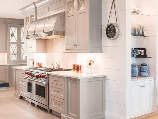 Roomscapes Cabinetry & Design Center 2018 Prism Winner Gold